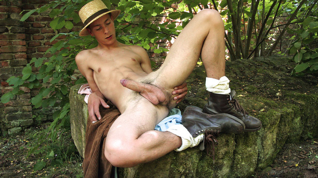 Gay Twinks Cum in the forest
