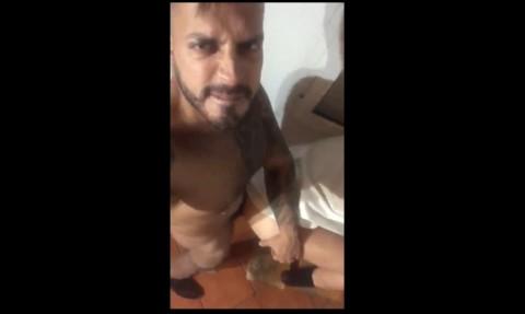 un sexy daddy bien dosé par viktor ROM en mode sextape