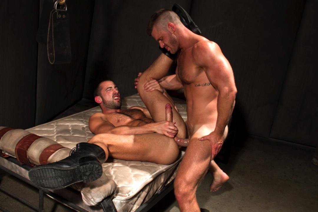 Raging Stallion Hole 1