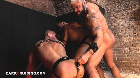 3gay-vice-fetish-masque-gaz-13