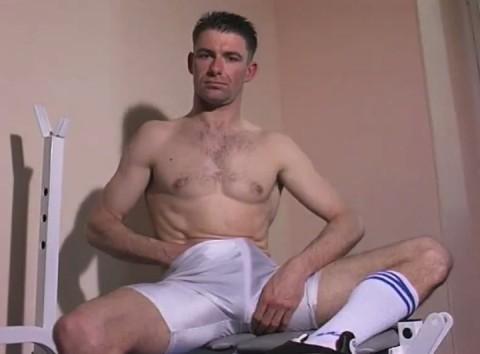 l01299-jnrc-gay-sex-porn-hardcore-videos-france-french-militaires-uniformes-pompiers-sportifs-branlette-solo-005