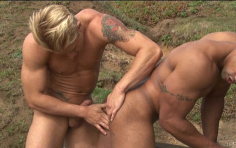 l7782-bolatino-gay-sex-porn-hardcore-latino-naked-sword-stalker-007