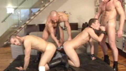 l5530-darkcruising-gay-sex-30