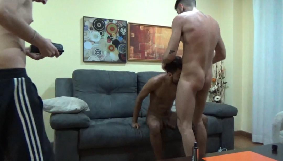 Webcam porn shoot, jeune latino baisé par ALEXIS CLARK