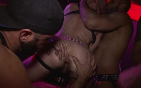 l9928-darkcruising-gay-sex-porn-hardcore-videos-bdsm-fetish-leather-rubber-hard-naked-sword-the-pack-004