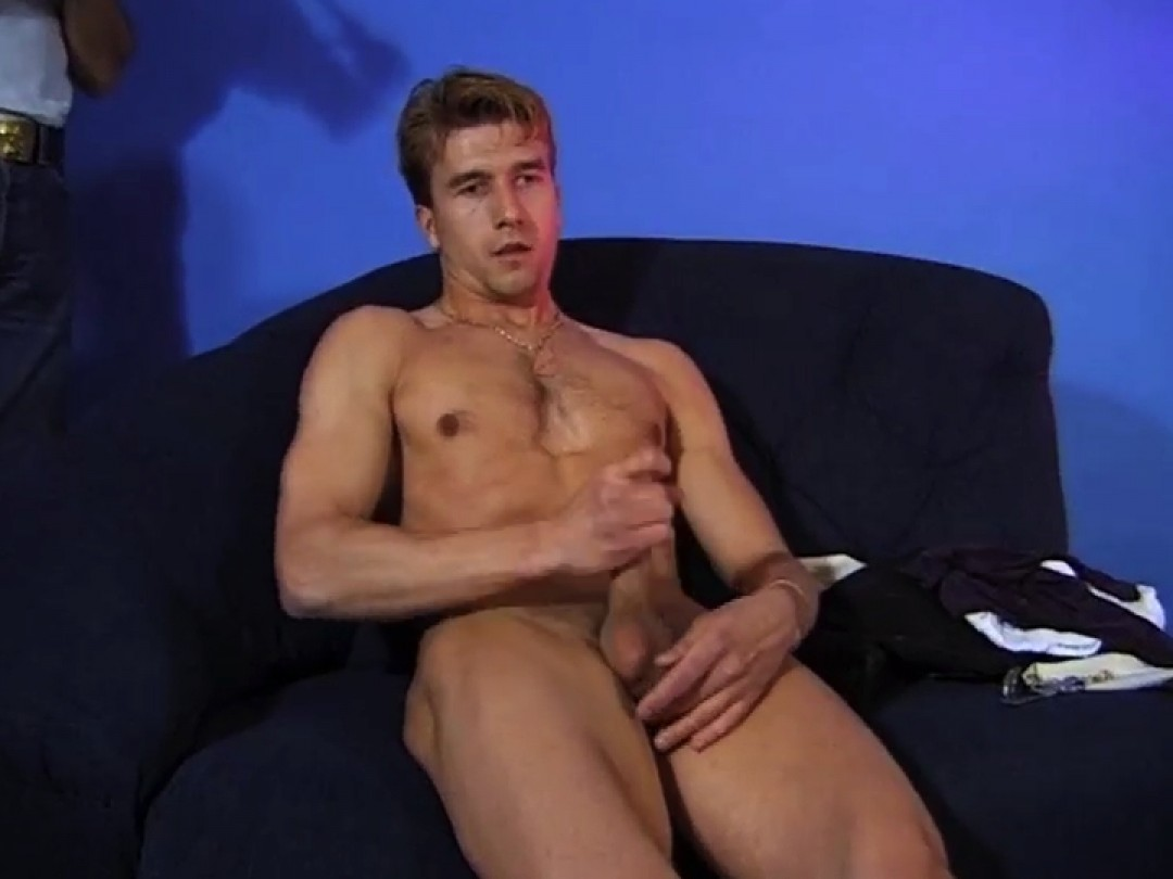 Shy Chris, naked and horny