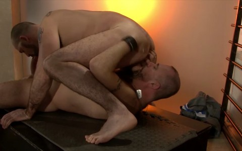 l15720-mistermale-gay-sex-porn-hardcore-fuck-videos-butch-hunks-studs-muscles-hung-23
