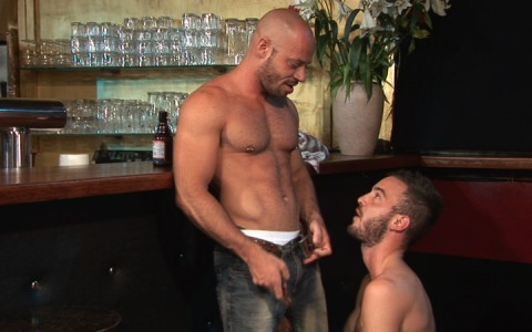 l7111-cazzo-gay-sex-porn-hardcore-made-in-germany-berlin-cazzo-sex-tourists-002