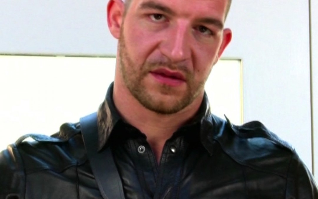 Jeff Stronger in leathers!