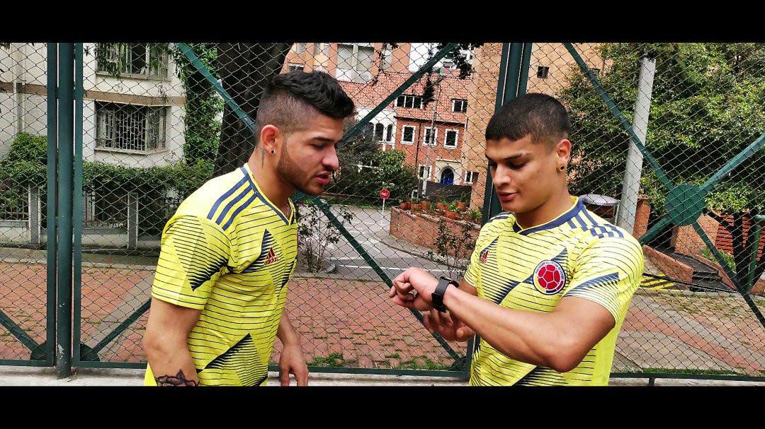 [Bravo Fucker] Les footballeurs de Colombie   Image 013