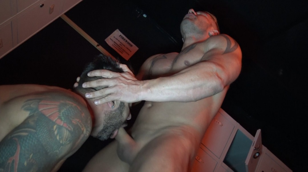 Martin MAZZA fucked by straight muscle blond