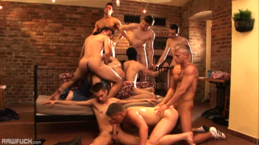 10 gay twinks are having an orgy