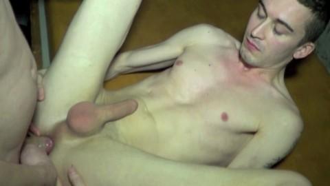 Le 1er porno de YOHAN MIKA de LYON au SUN