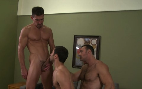 l16178-mistermale-gay-sex-porn-hardcore-fuck-videos-males-hunks-beefy-muscle-studs-hairy-daddies-scruff-05