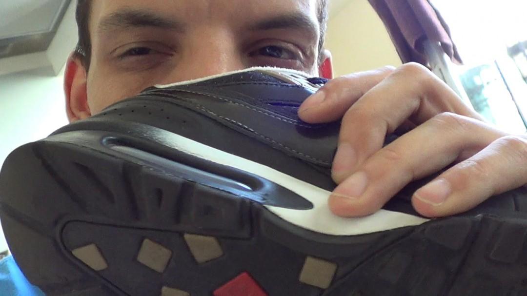 Young sneaker fuck MATT KENEDY in sneaker
