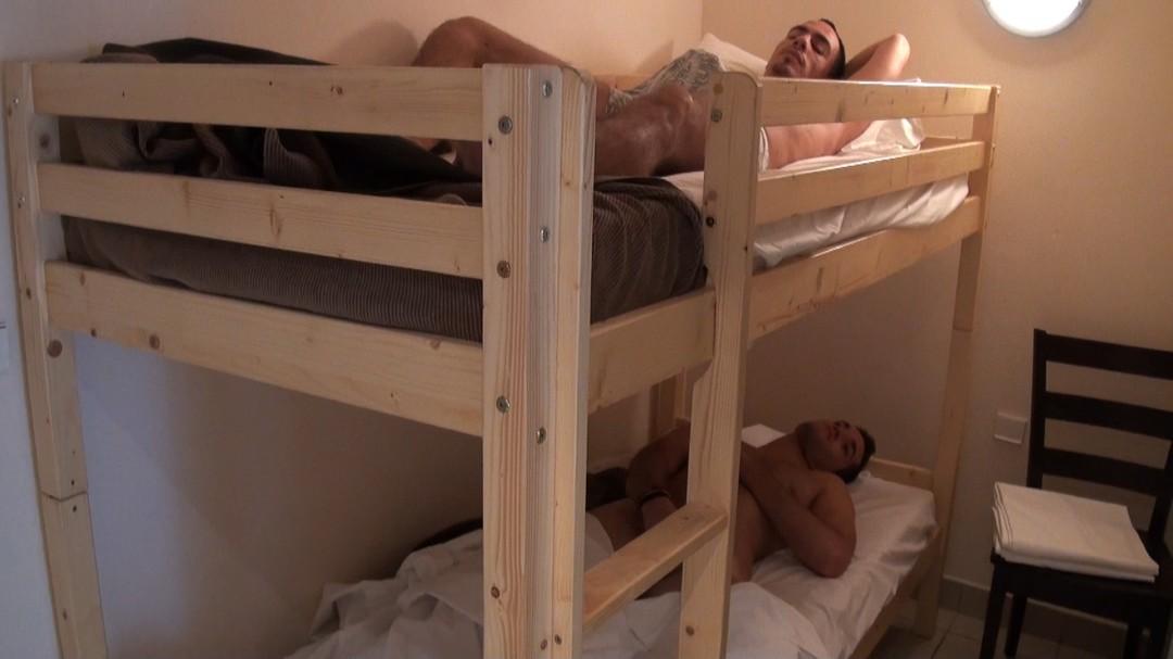 Mathieu LAFITE et David ESTAN testeurs de lits