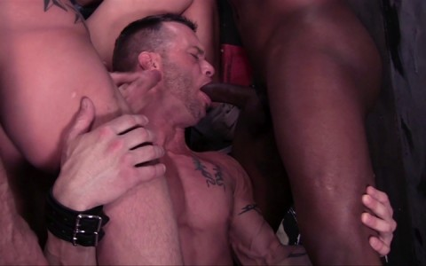 l14108-darkcruising-gay-sex-porn-hardcore-videos-latino-008