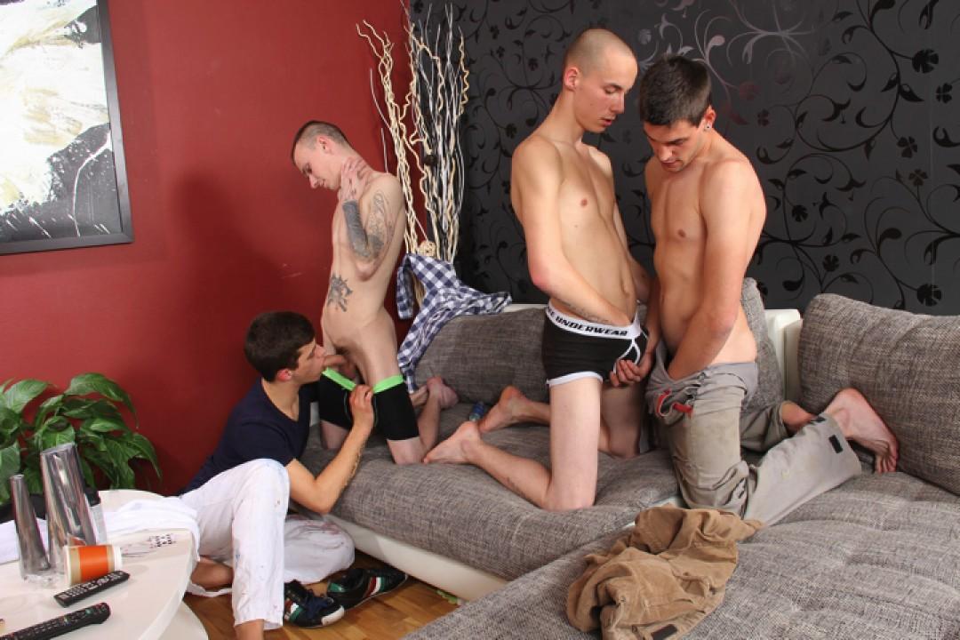 每个人都在操每个人--赤裸裸的4-Wangbang。