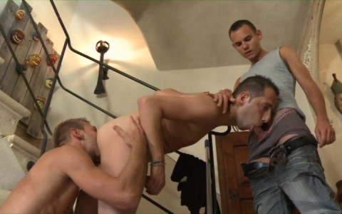 l7732-berryboys-gay-sex-porn-hardcore-videos-made-in-france-twinks-minets-jeunes-mecs-young-boys-stephane-berry-prod-gay-house-008