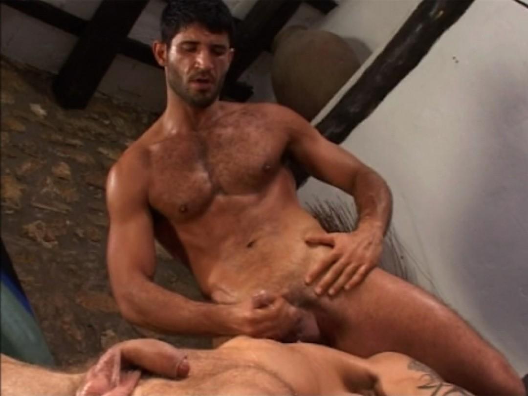 Marin Turc baise un gay passif