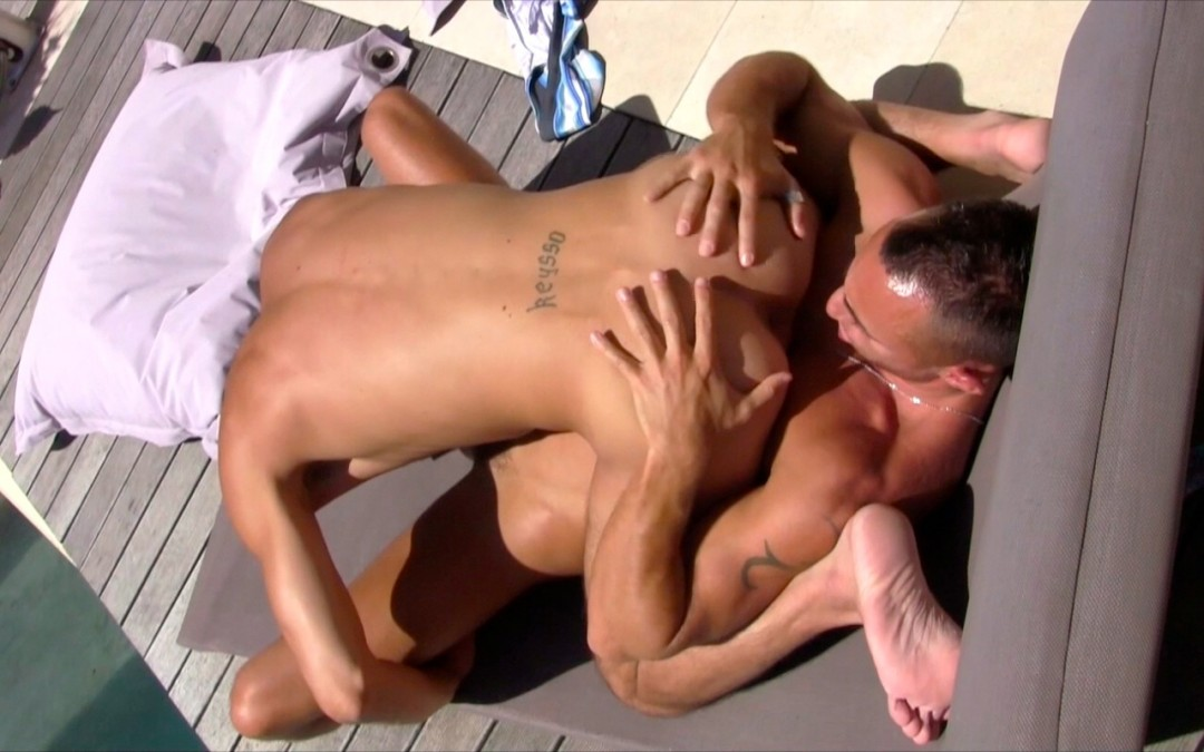 Cock action by the pool