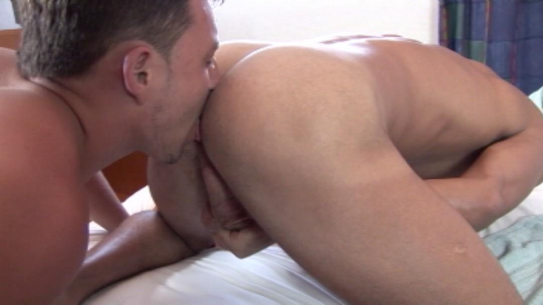 Cody Kyler and Claudio Mavan's sex show