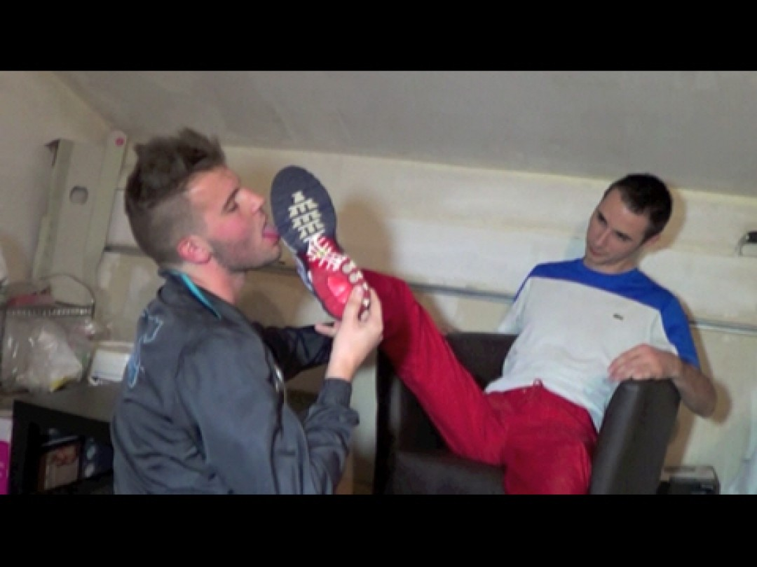 the sneaker sex tape fo DYSAM