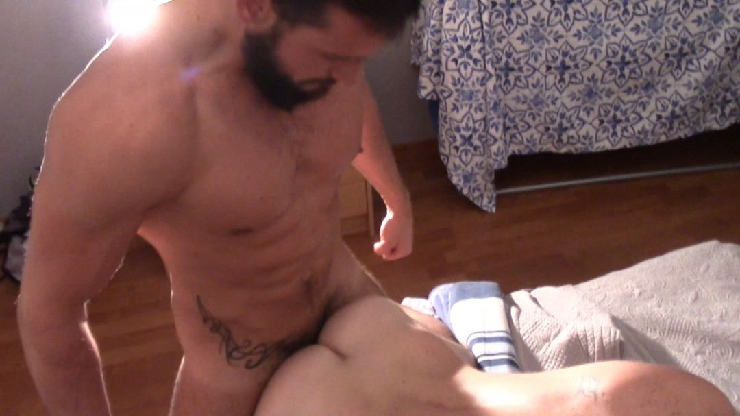 ENZO RIMENEZ fuck LEO SENTHY no taboo with a friend