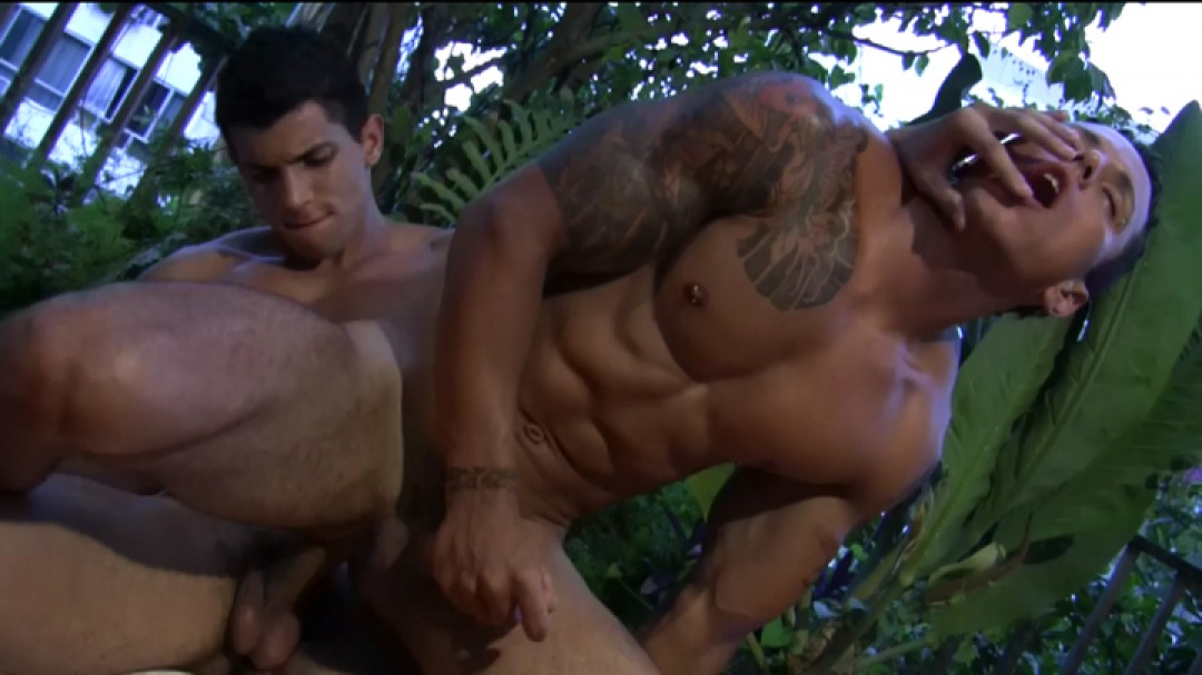 Young muscle pussy-boy