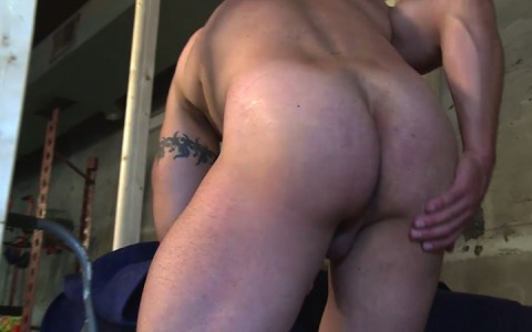 l16222-mistermale-gay-sex-porn-hardcore-fuck-videos-males-hunks-beefy-muscle-studs-hairy-daddies-scruff-09