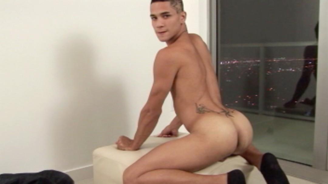 l5185-bolatino-gay-sex-07