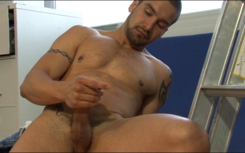 l15738-mistermale-gay-sex-porn-hardcore-fuck-videos-hunks-studs-butch-hung-scruff-macho-09