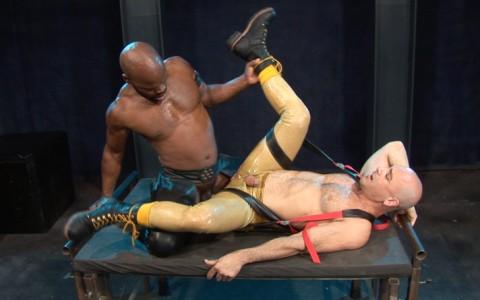 l7105-cazzo-gay-sex-porn-berlin-made-in-germany-cazzo-hard-play-020