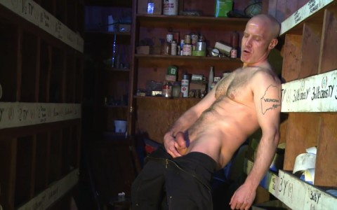 l16223-mistermale-gay-sex-porn-hardcore-fuck-videos-males-hunks-beefy-muscle-studs-hairy-daddies-scruff-07