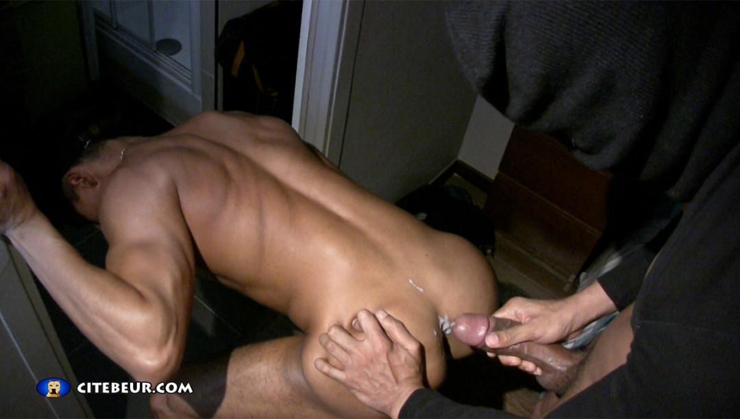 1070-beur-gay-arab-gay-0003-cagoule94-tiziano1