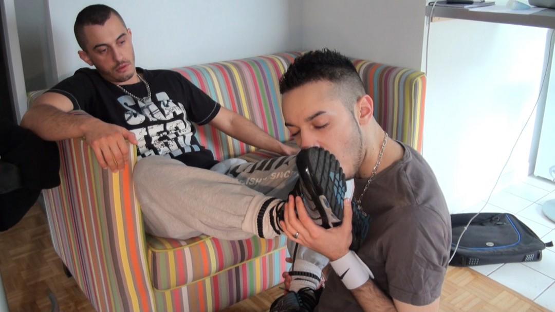 sniff sneakers of mickael DAVID