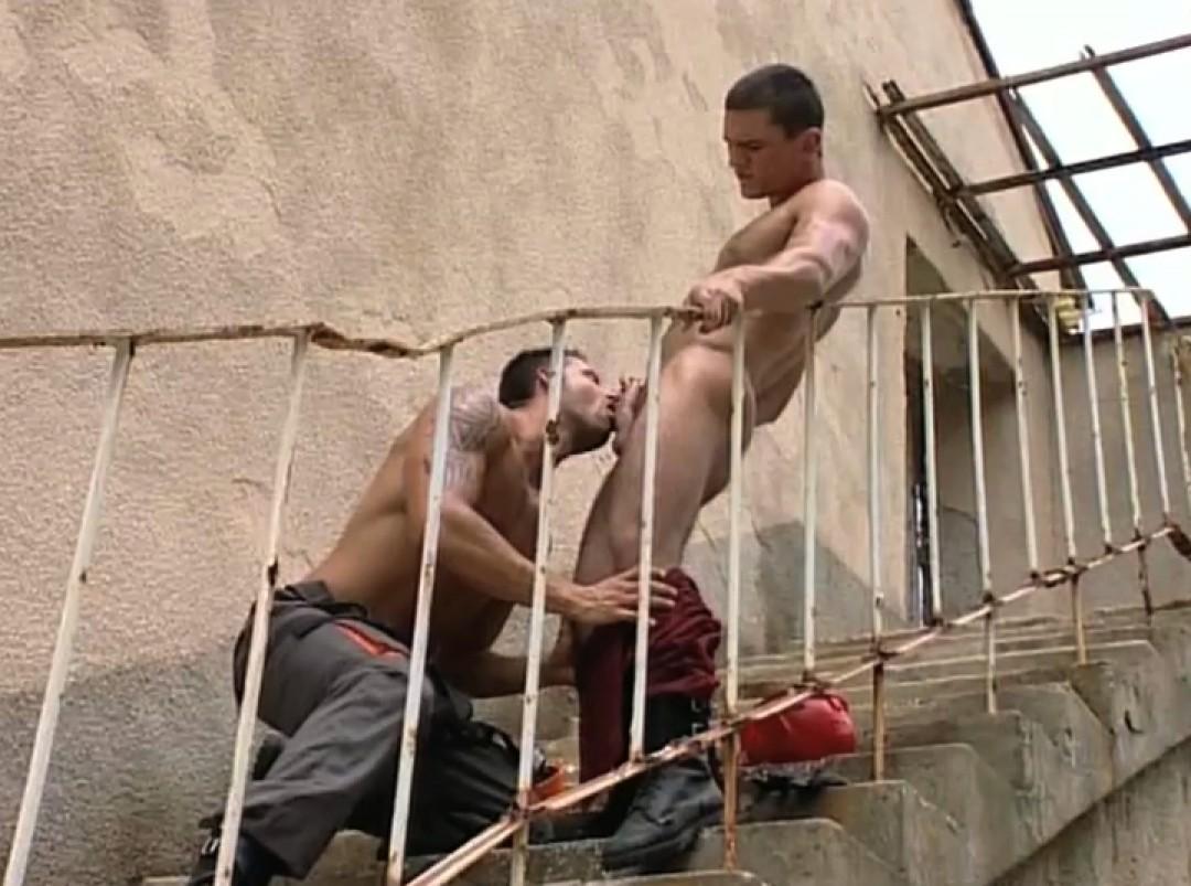 Builders off-load