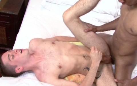 l7769-universblack-gay-sex-porn-hardcore-videos-blacks-made-in-usa-all-worlds-black-dream-white-cream-020