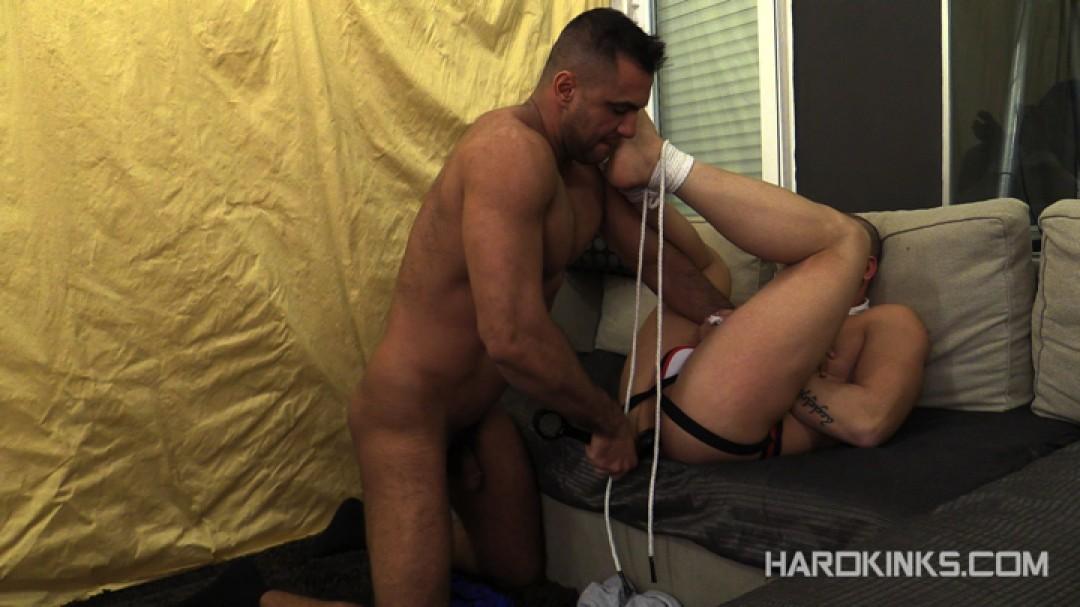 dark-cruising-hard-kinks-gay-porn-hardcore-videos-made-in-spain-bdsm-macho-kinky-bondage-fetish-44