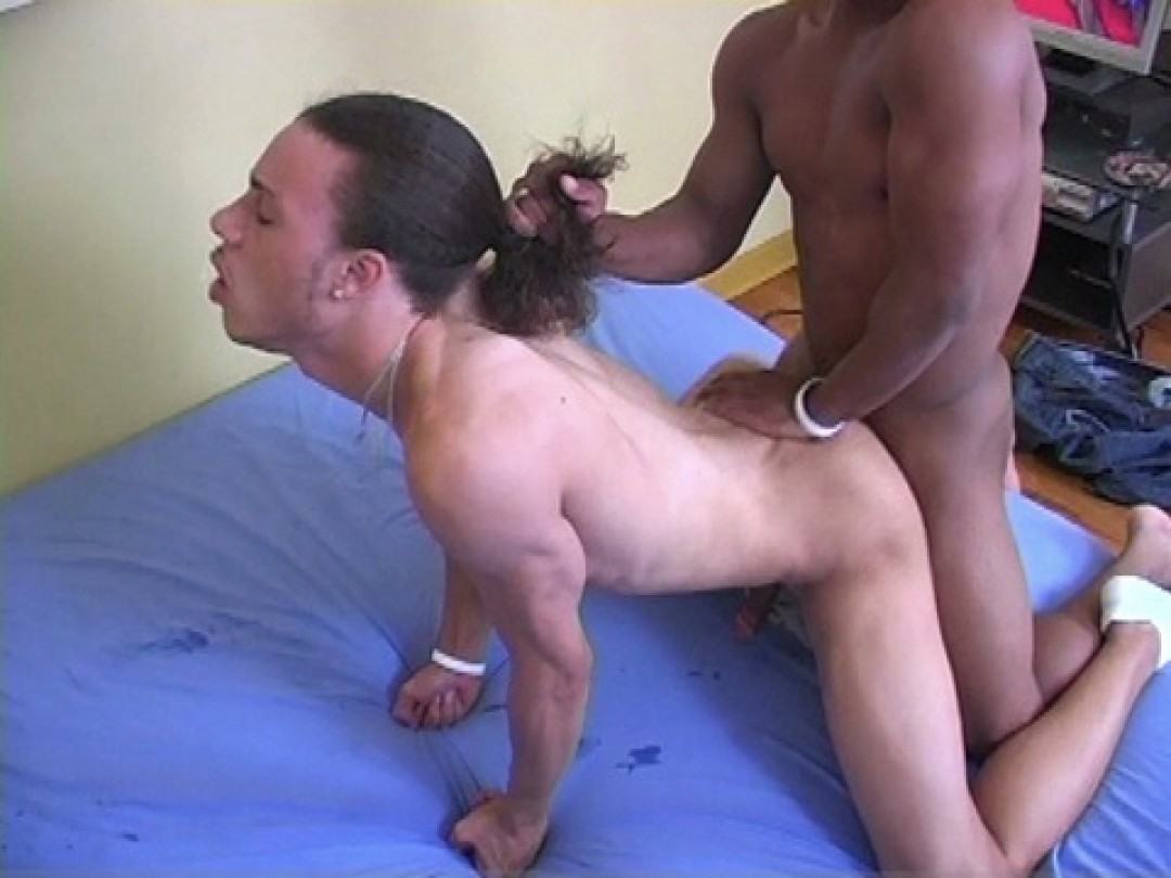 YOUNG LATINO ASS SPLIT IN TWO