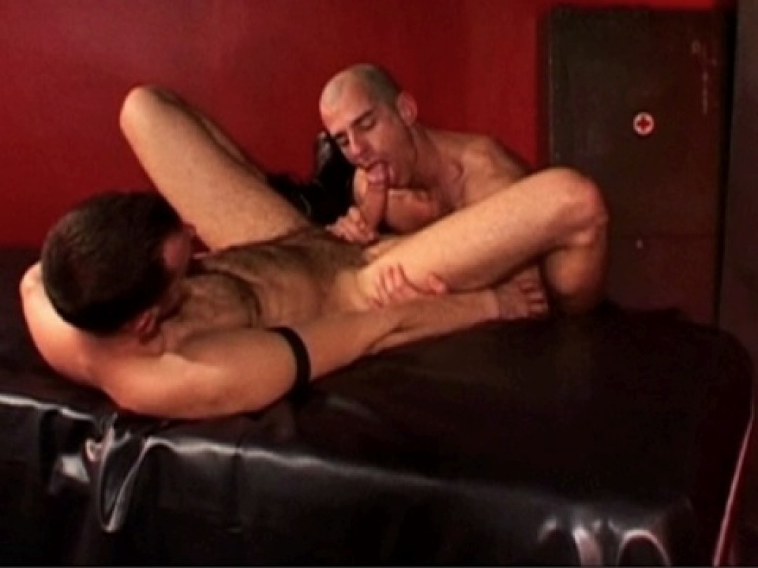 A WILLING HUNGRY HOLE
