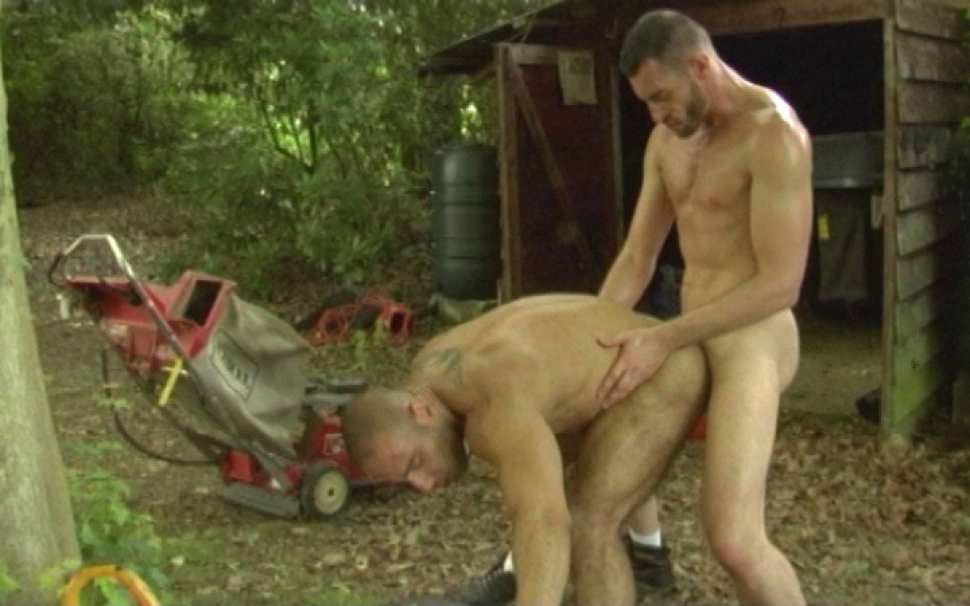 Two muscle boys fucked hard in the woods