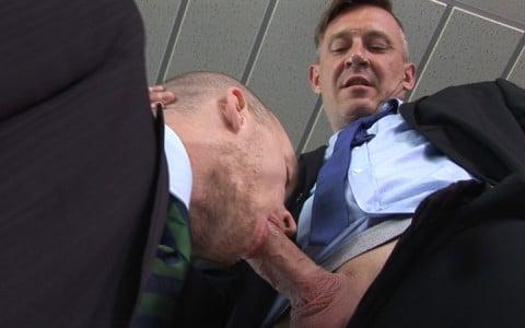 l7085-cazzo-gay-sex-porn-hardcore-made-in-germany-berlin-cazzo-homo-office-005