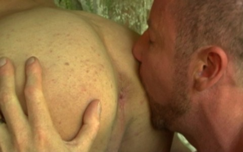 l7289-gay-sex-porn-hardcore-alphamales-out-in-the-open-007