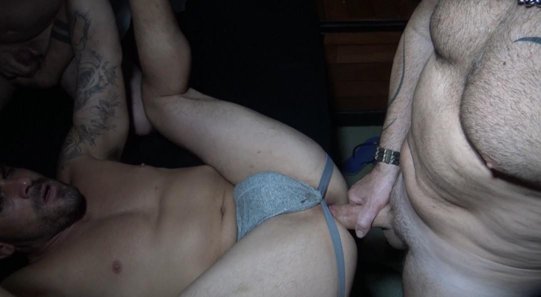 Je remplis Damien CROSSE avec mon pote Guillem RAMOS