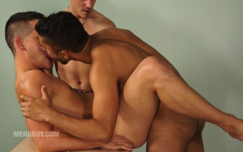 l13815-menoboy-gay-sex-porn-hardocre-videos-french-france-ludovic-peltier-twinks-013