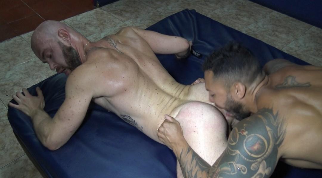Peter COX fucked barback by 2 pornstars in Boyberry Madrid
