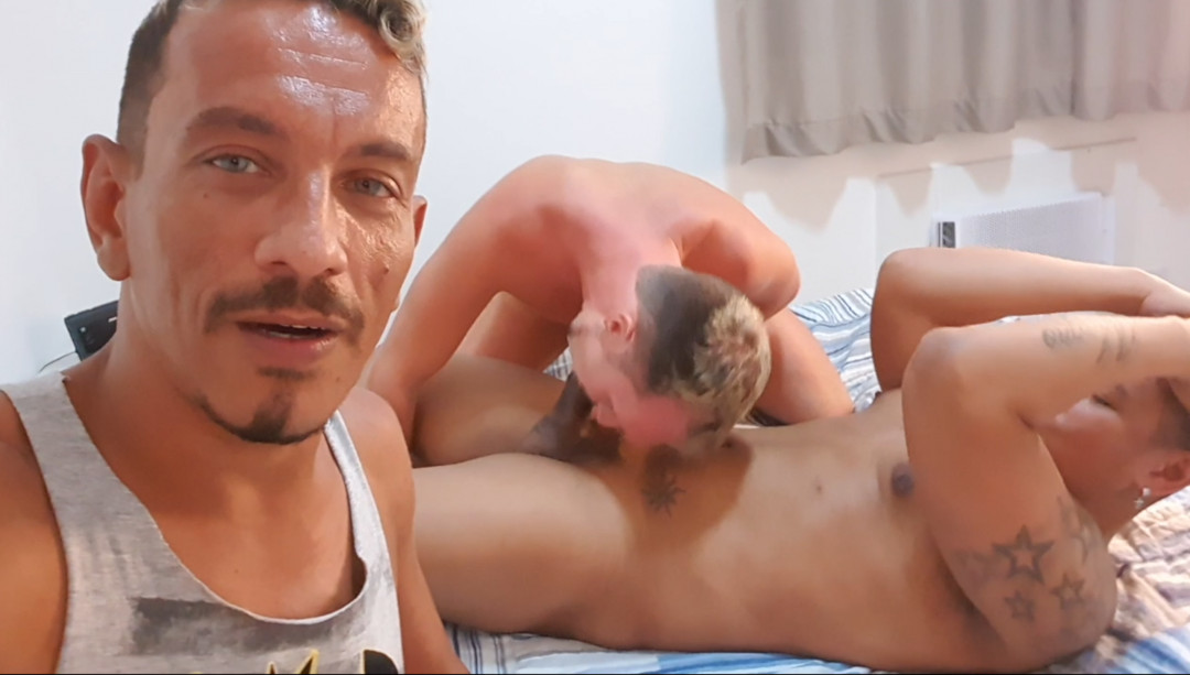 Maxence ANGEL fucked by the big cock of MAGNO MORENO