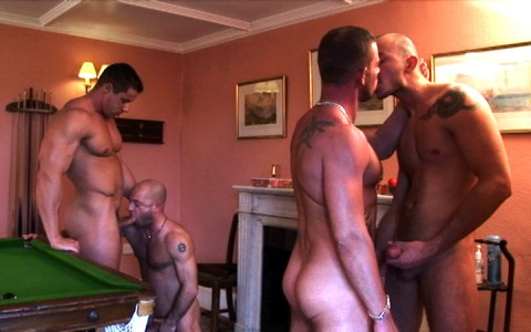 l7298-cazzo-gay-sex-porn-hardcore-alphamales-out-on-the-farm-006