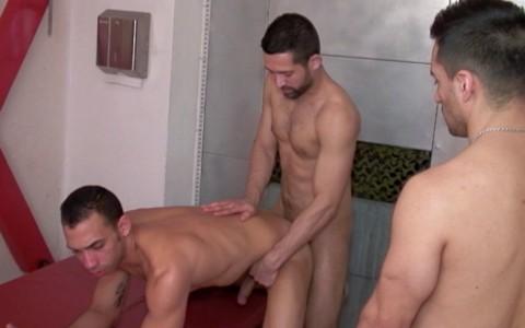 l7365-hotcast-gay-sex-porn-hardcore-twinks-men-world-madrid-017